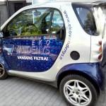 reklama ant automobilio