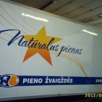 reklama ant transportoautobuso apklijavimas